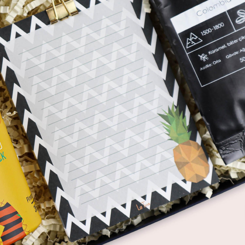ananas-temali-yeni-is-hediyesi-detay-2