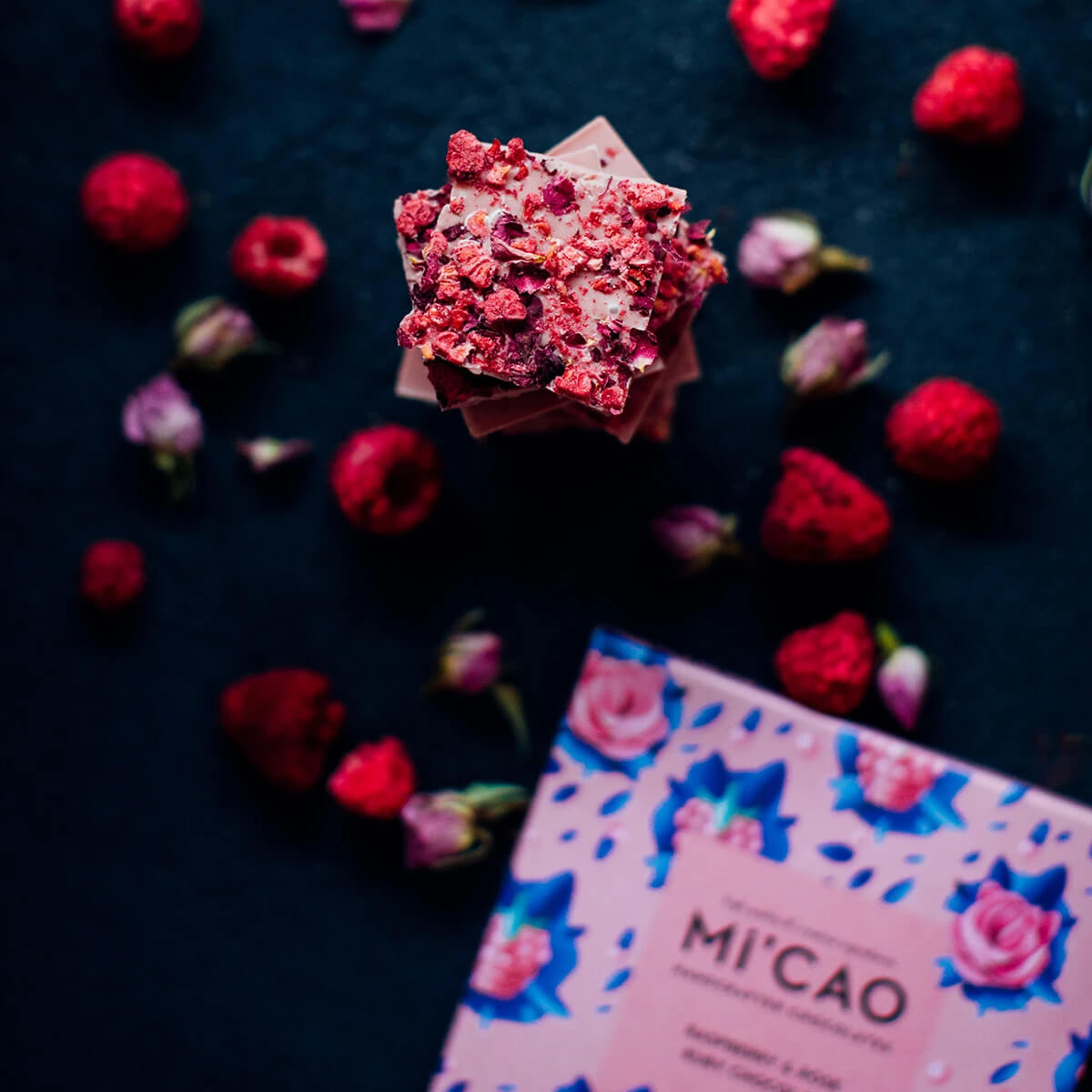 MI'Cao Gül Kurusu & Ahududu Ruby Çikolata Tablet 70GR