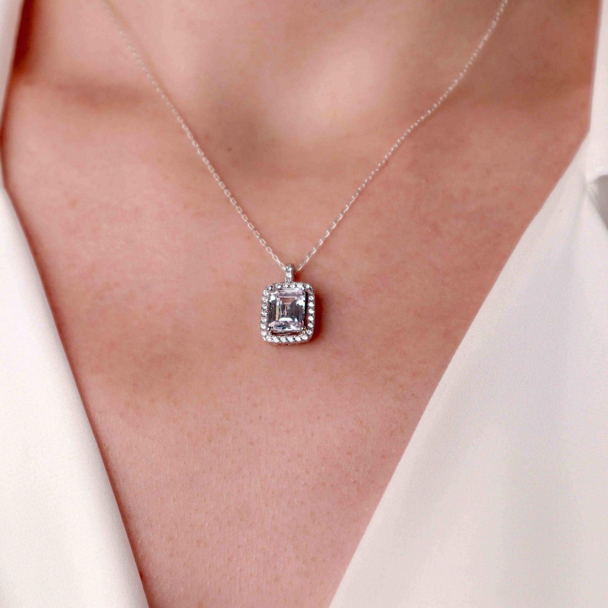 Gümüş - 925 Ayar Gümüş Swarovski & Beyaz Taşlı Baget Kolye