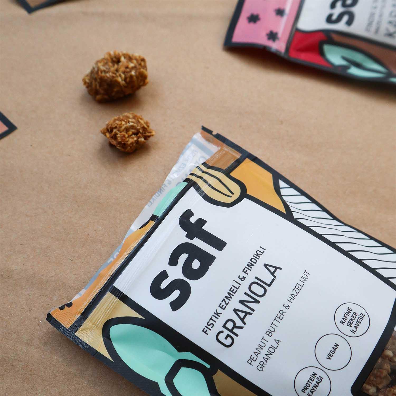 saf-fıstıkezmeli-granolaLs